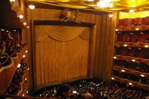 Metropolitan_opera8